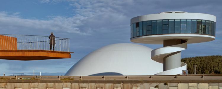 El arquitecto javier blanco presenta el centro niemeyer a for Arquitecto universidad