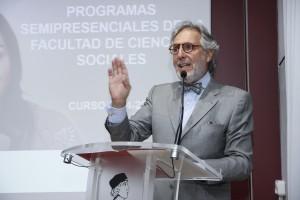 Ramón Carrillo, padrino de esta promoción y director del Máster en Relaciones Internacionales de la Universidad Nebrija