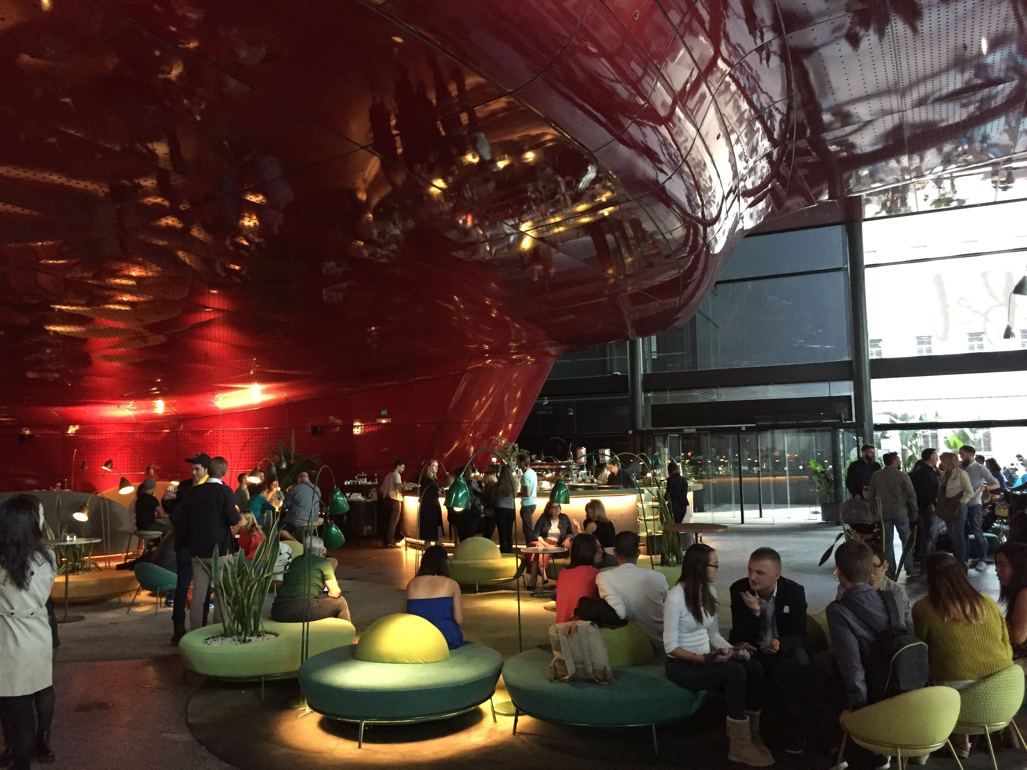 El Club Internacional Se Cita En La Terraza Nubel Del Museo
