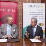 Firma del convenio entre la Universidad Nebrija y SIGAUS
