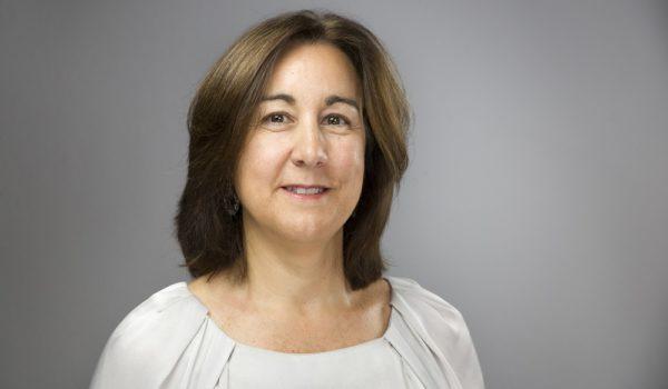 La profesora Pilar Vélez