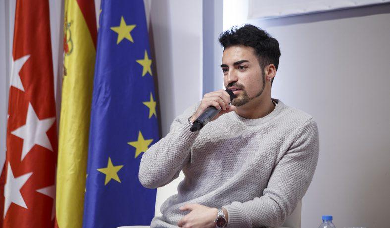 Adrián Casado presenta en Nebrija su documental Héroes Anónimos
