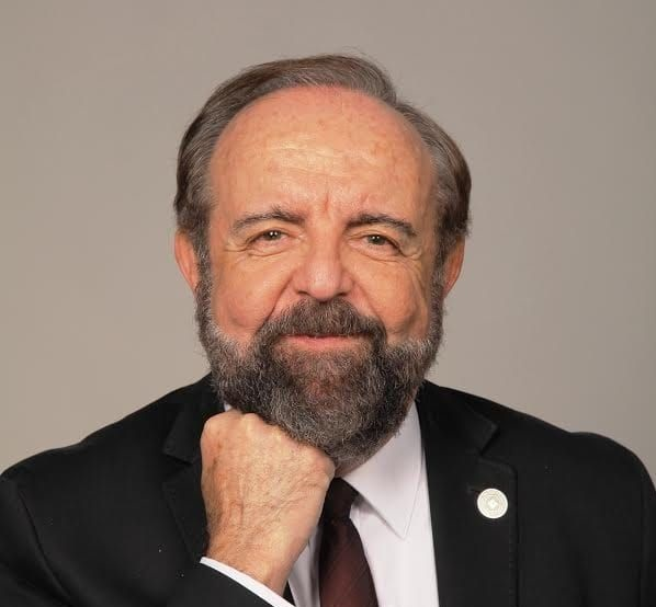 Eduardo Fayos-Solà