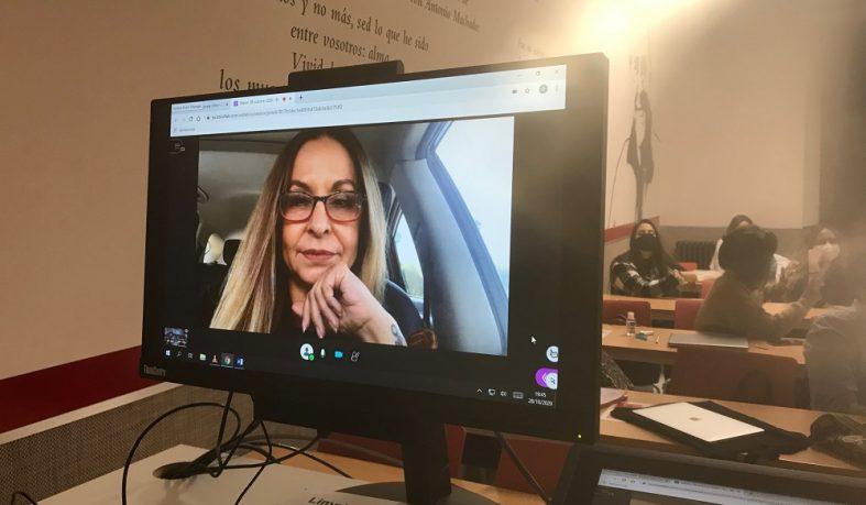 Charla con la periodista María García
